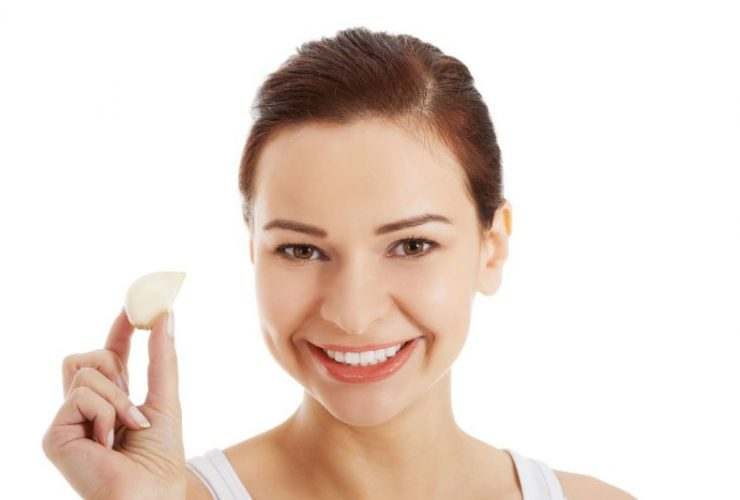 Tips Menghilangkan Jerawat dengan Bawang Putih